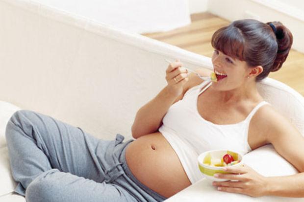 Anne beslenmesinin bebeğin zeka gelişimindeki rolü