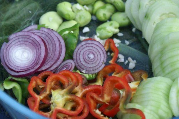 Nis salatası
