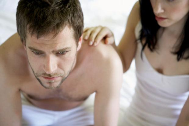 Düzensiz uyku cinsel gücü azaltıyor!