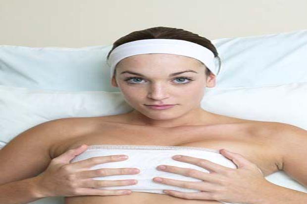 Göğüs estetiğine rağbet gittikçe artıyor.