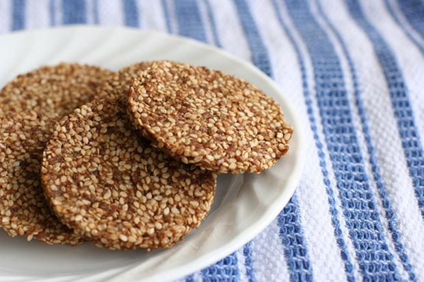 Susamlı kurabiye
