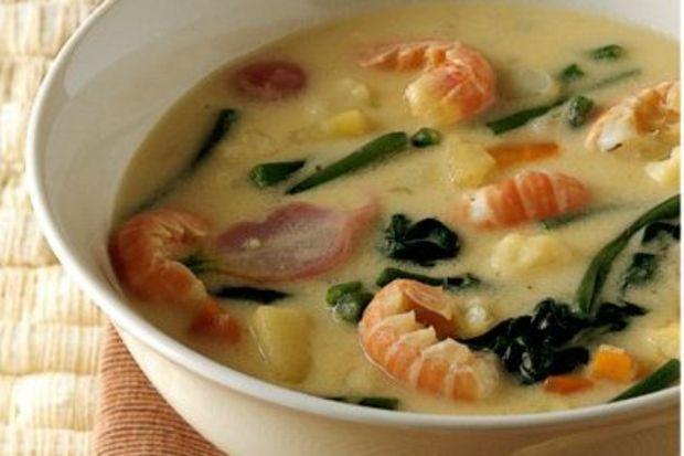 Karidesli sebze çorbası
