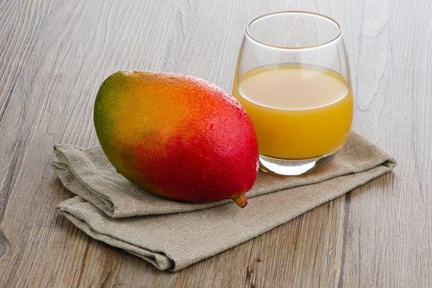 Portakal, frenküzümü ve mango suyu
