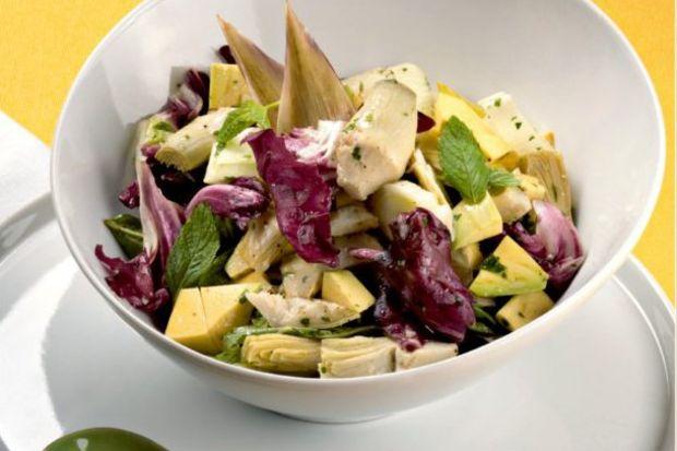 Avokado ve Enginar Salatası