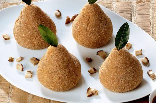Armut şeklinde patatesli mantar