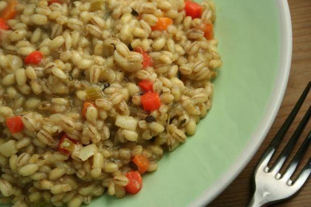Sebzeli kekikli ve buğdaylı pilav...