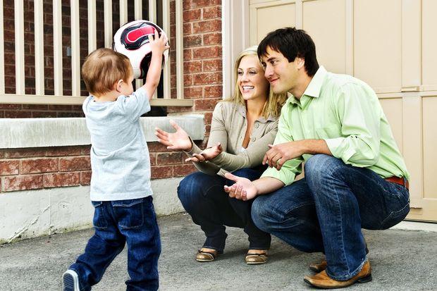Anne-baba çocuk iletişimi
