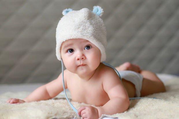 4. Ay Bebek Gelişimi
