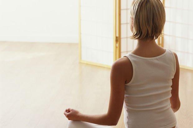 Yoga ile bel yağlarınızdan kurtulun...