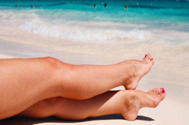 Ağdadan sonra pürüzsüz bacaklara sahip olmanın yolu