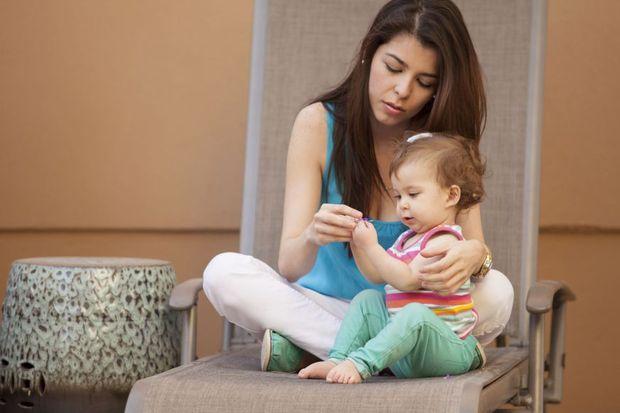 Bebeğinizi bırakmak için size uygun bebek bakıcısı seçenekleri