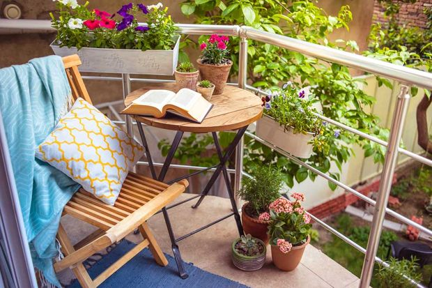 Küçük balkonunuz için aksesuar önerileri
