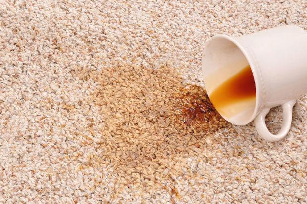 Kahve lekesini çıkarmanın pratik yolları!
