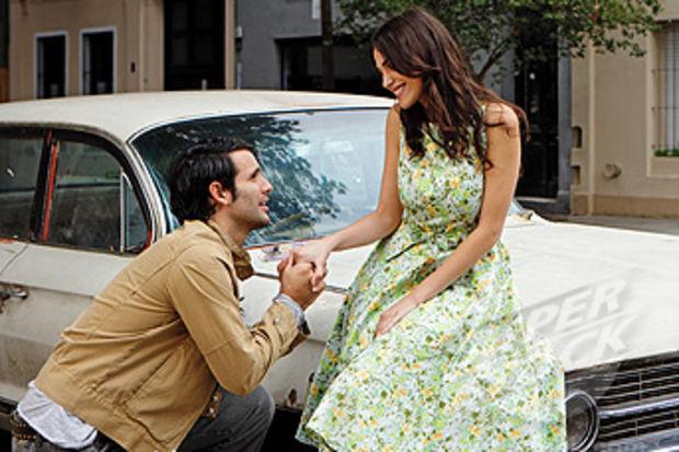 Tesadüf ve sürprizlerle dolu bir ilişki