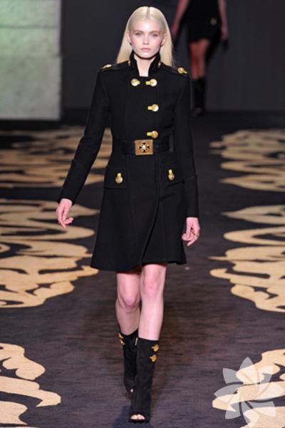 Versace 2011 Koleksiyonu