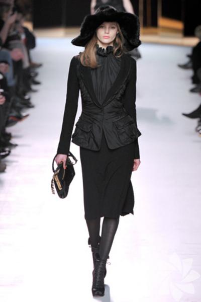 <p>Nina Ricci 2011 Sonbahar / Kış Koleksiyonu</p>
