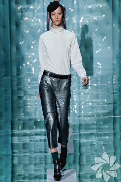 <p>Marc Jacobs 2011 Sonbahar / Kış Koleksiyonu</p>