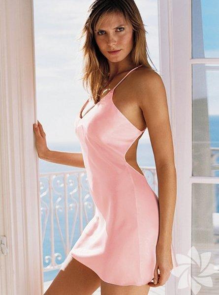 <p>Victoria's Secret 2011 Gecelik Modelleri</p>