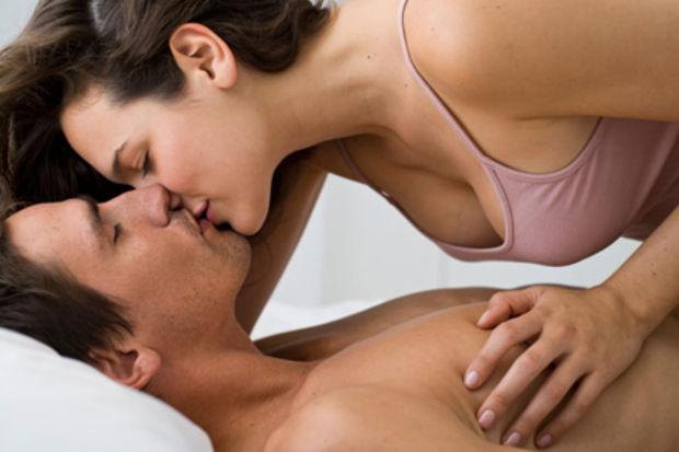 Düzenli seks kanser ve kalp krizi riskini azaltıyor. Dikkat!