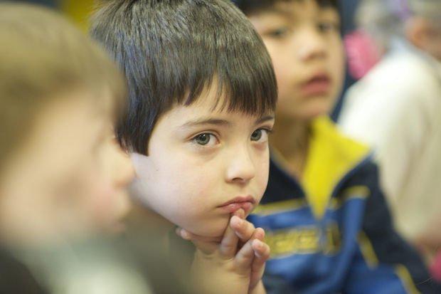 Çocukları eğitirken kendi sesinize kulak verin!