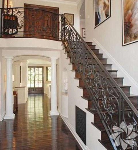 Kim Kardashian'ın Beverly Hills'de yeni aldığı evin fiyatı 4,8 milyon dolar