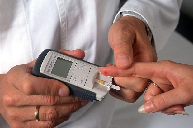 Diyabet hastası gözüne daha çok dikkat etmeli...