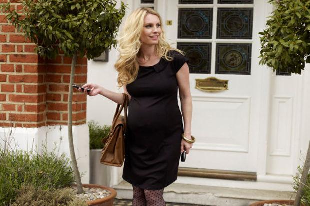 Hamile kadınlar için hem rahat hem şık giyim...