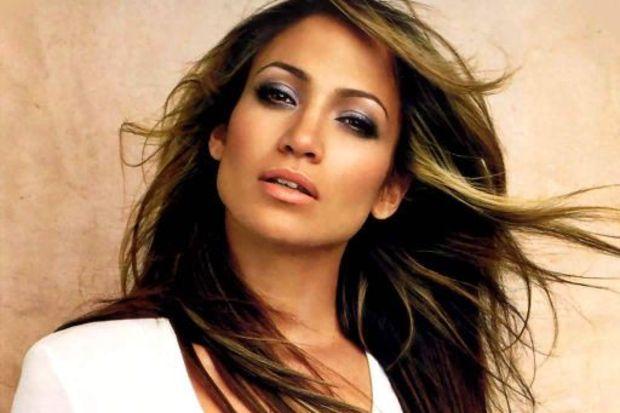 Jennifer Lopez dansçısıyla birlikte!