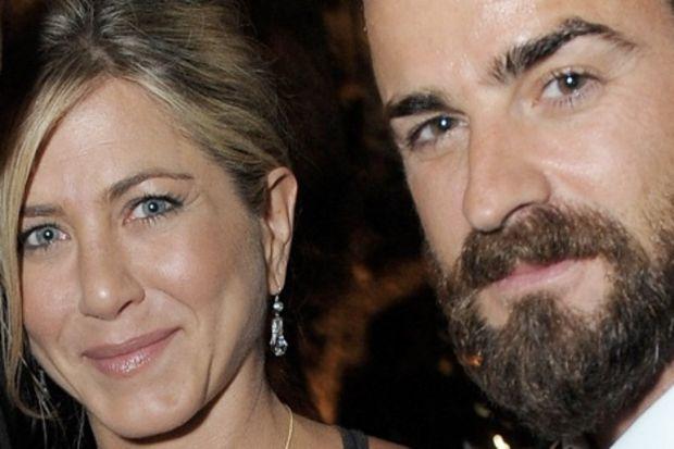 Jennifer Aniston kıskançlık krizinde