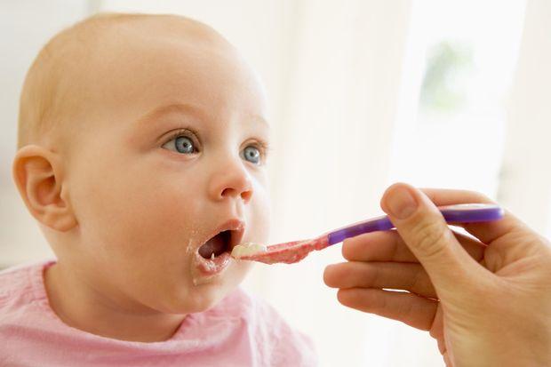 """""""Bebeklere bal yedirmeyin"""" uyarısı etikete yazılacak"""