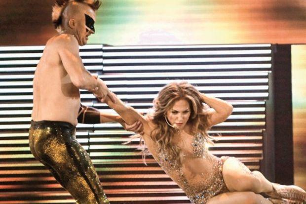 Ödül töreninin yıldızı Jennifer Lopez!