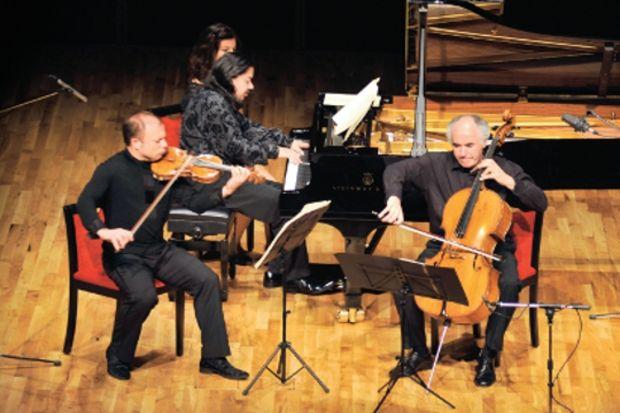 Arkas Trio gibi grup kolay çıkmaz!