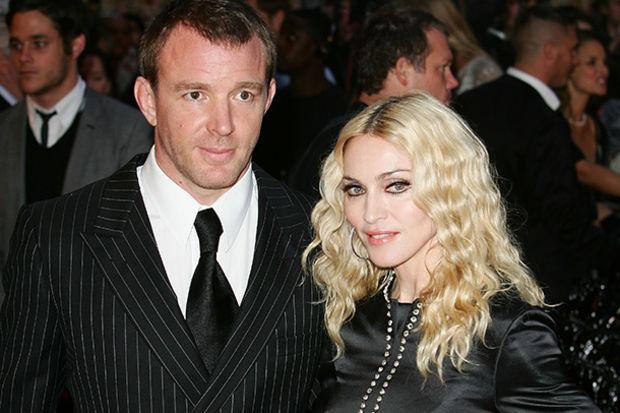 Guy Ritchie kariyerindeki yükselişi Madonna'ya borçlu olduğunu belirtti...