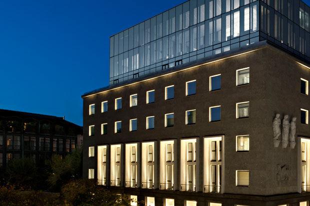 Ünlü tasarımcı Giorgio Armani ikinci otelini Milano'da açtı!