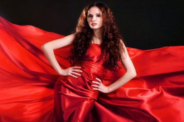 Yeni yıla kırmızılı kadın olarak girmek isteyenlere...