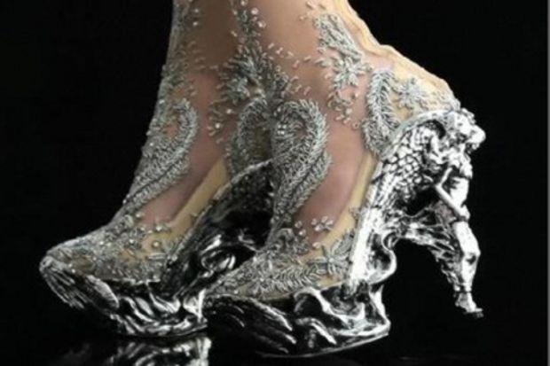 Yaratıcılığın sınır tanımadığı ayakkabılar...