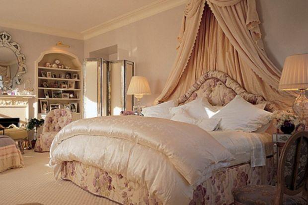 Ünlülerin çok merak edilen yatak odaları
