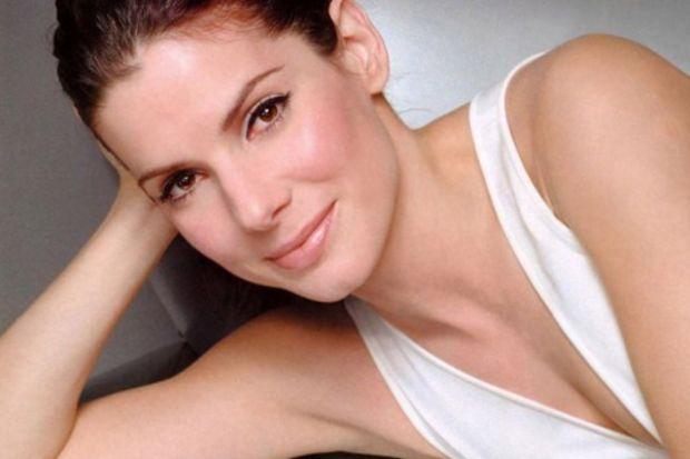 """Sandra Bullock: """"Beni intihardan mesleğim kurtardı"""""""