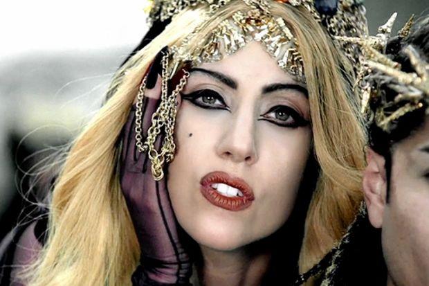 Lady Gaga satanist mi?