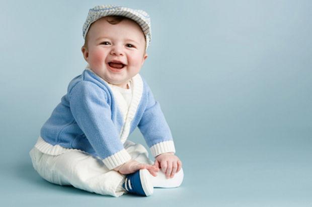 Bebeklerin sevgilerini göstermek için yaptıkları hareketler