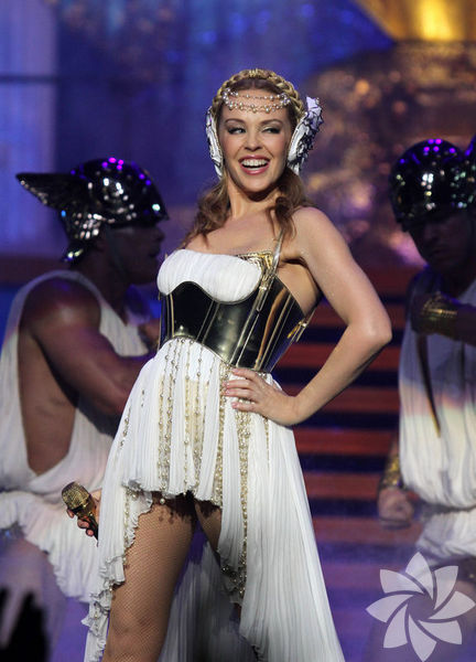 <p>Kylie Minogue</p>
