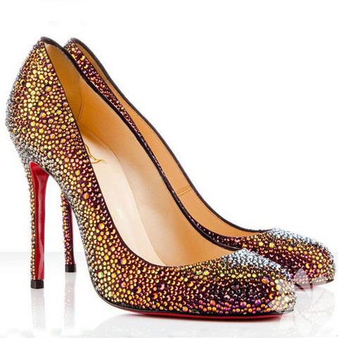 100 Christian Louboutin ayakkabısı