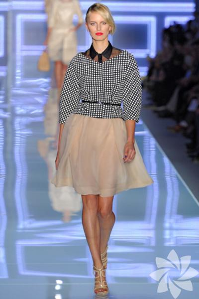 <p>Christian Dior 2012 İlkbahar Yaz Koleksiyonu</p>