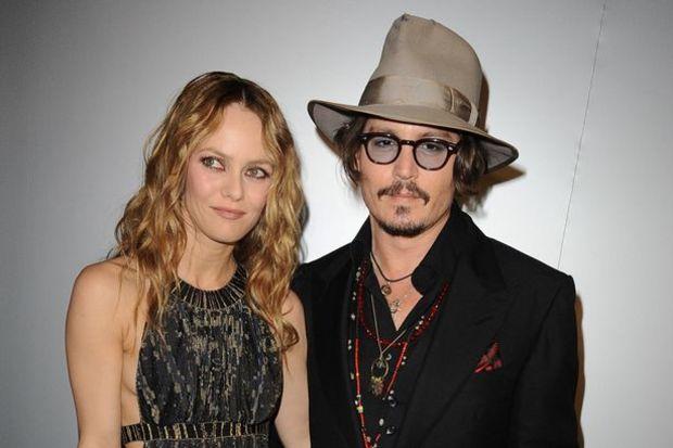 Johnny ve Vanessa 1 yıldır ayrı yatıyorlarmış