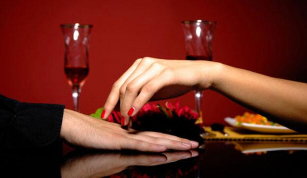 Sevgilinizle romantik bir akşam yemeği