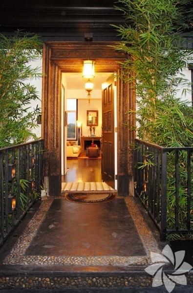 Jessica Alba'nın Los Angeles'taki Bali esintili evi...