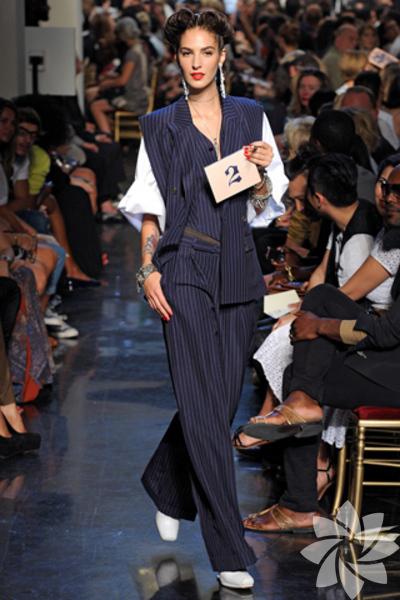 <p>Jean Paul Gaultier 2012 İlkbahar Yaz koleksiyonu</p>