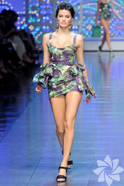 Dolce & Gabbana 2012 İlkbahar Yaz koleksiyonu