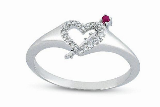Aşk ile çarpan kalplere özel hediyeler