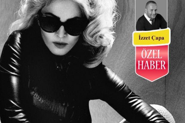 Ahu'nun gelinliği Madonna'nın modacısından